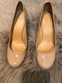 pair of brown leather flats Mississauga, L5R