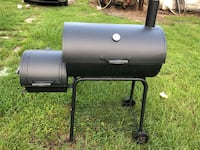 Grill and smoker Sumrall, 39482