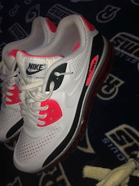 Men's Nike Air Max 90's USA Size-12 27 km