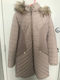 small DKNY Taupe hooded puffer jacket Washington, 20059