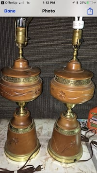 two brass-colored base table lamps Lynnwood, 98037