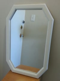 Wall Mirror With Wooden Frame Mississauga, L5N 2X2