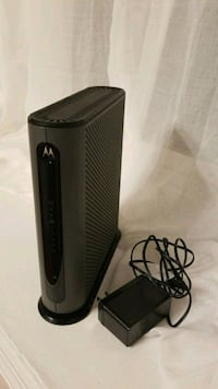 Motorola cable modem and router MG7315 45 km
