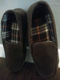 "***MEN""S SIZE XL (11-12) SLIPPERS!*** Dallas"