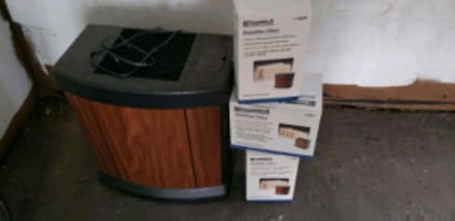 Humidifier with filters