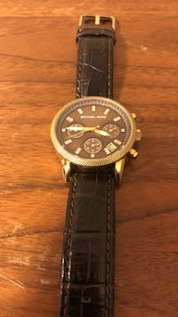 Authentic Gold Micheal Kors watch with real leather strap Kitchener, N2P 1A2