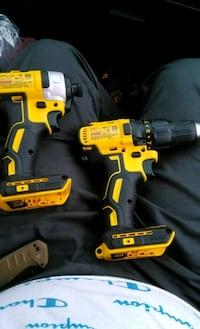 DeWalt impact drill and drill plus two batteries