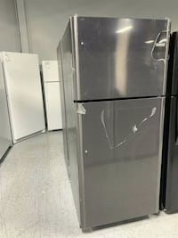 20.4 cu ft top freezer  Livonia