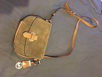 brown Michael Kors leather crossbody bag Mississauga, L5B 3Y2