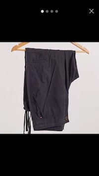 Tommy Hilfiger black crop cargo trousers uk 10  London, E1 4PH