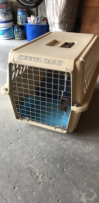 Kennel Cab Medium dog/cat carrier Vaughan
