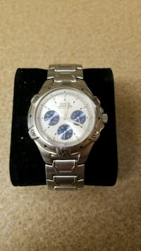 round silver chronograph watch with link bracelet Fountain Valley, 92708
