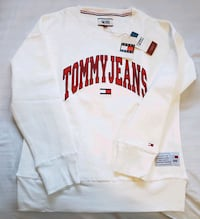 Tommy Jeans crewneck sweater, NEW with tags Vancouver, V5T 1L5