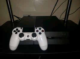 PS4 - 500Gb *just like new*