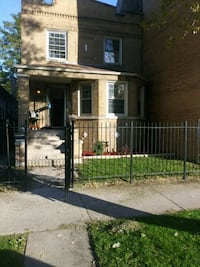 HOUSE For Rent 3BR 1.5BA Chicago