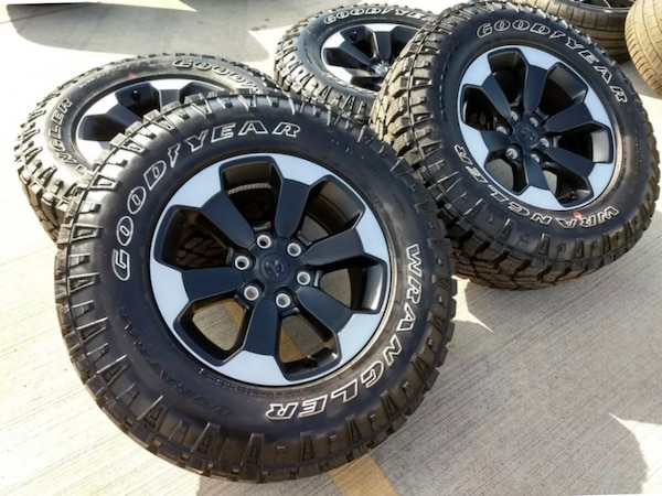 """2019 - 33"""" New Ram Chevy GMC Wheel and Tire Set -  OBO"""