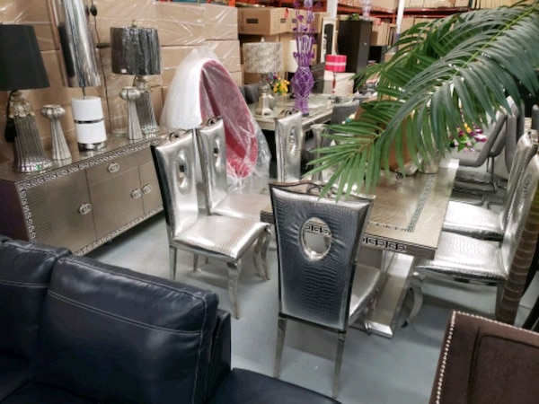 Modern 8pcs dinnete on sale in stock we deliver