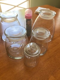 Glass containers with lids  Lancaster, 93535