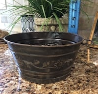 """Metal Container or planter 8"""" across Smyrna, 37167"""