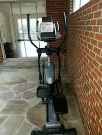 Elliptical in mint condition Chevy Chase