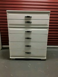Gentleman's 6 drawer antique white chest Nashville, 37211
