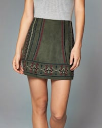 BNWT ABERCROMBIE & FITCH EMBROIDERED SUEDE SKIRT Toronto, M5B 2H5
