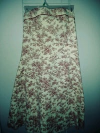 white and red floral tube dress Reedley, 93654