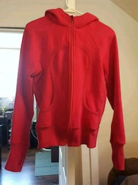 Pink Lululemon hoodie size 10 Grants Pass, 97526
