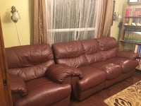 Leather Reclining loveseat in great condition  Toronto, M6C 1G7