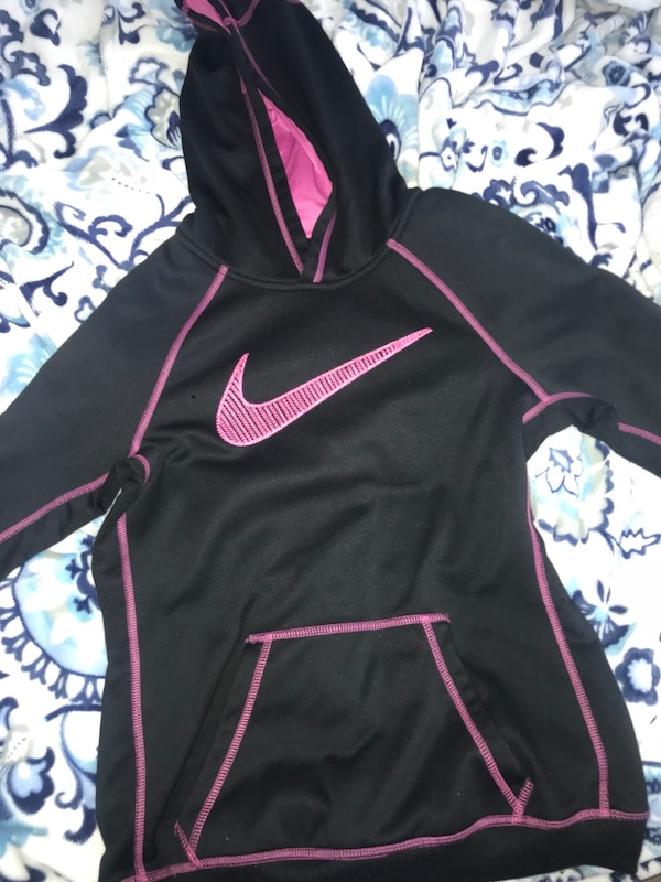 Nike black and purple pull over hoody
