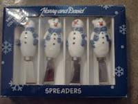 Snowmen Spreaders