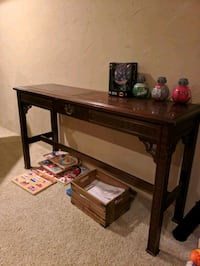 Slim table/couch/wall table