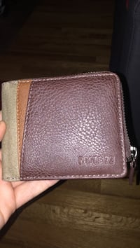 Brand new good quality roots wallet(message for quick reply)