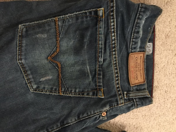 Guess Jeans Men's 32 83213922-c567-47ff-b41a-55ef893ae616