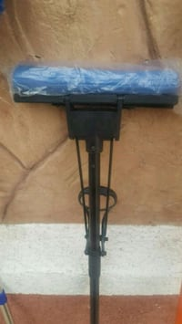 FLOOR SQUEEGEE BRAND NEW