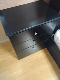 black wooden 3-drawer chest Long Beach, 90805