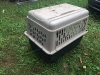 Large dog pet carrier, great for one or several cats 88 mi