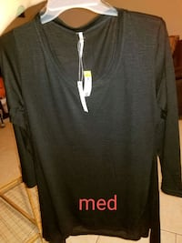 New womens med shirt with tags Oklahoma City