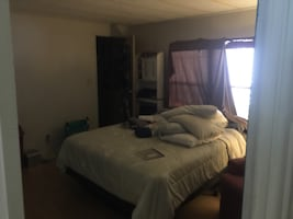 ROOM For rent or Buy M/H Financing available
