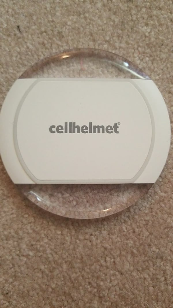 Cellhelmet wireless charger 7aed7080-a55a-4792-ac5a-376ce4a1f429
