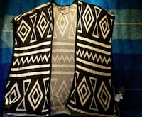 B.young cardigan, one size Os, 5200