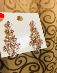 Beautiful earrings from Forever 21 Toronto, M1M 2G6