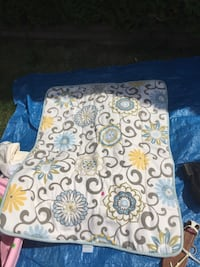 Baby bedding White and green floral  Langley, V1M 1Y5