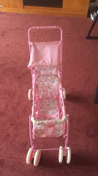 Play 3 seater doll stroller Whitehouse Station, 08889