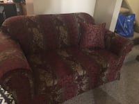 Pull out couch and love seat set Cambridge, N3H