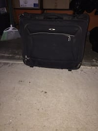 black softside luggage Bakersfield, 93312