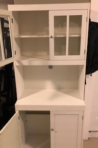 Beautiful White Cabinet Surrey, V4N 6A2