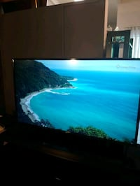 """LG 55"""" Smart TV for sale.  2018 and like new. Burbank, 91504"""