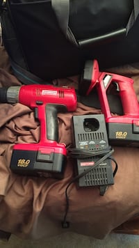 Sears cordless drill and flashlight two batteries and charger Niles, 49120