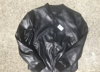 Guess BNWT Size XS Vancouver, V5P 1N1